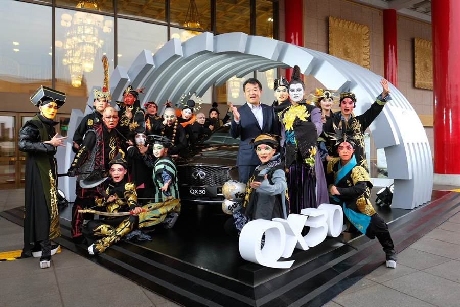 INFINITI 獨家贊助當代傳奇劇場,台中場將在6月2日登場。(裕日車提供)