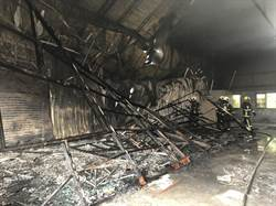 神岡油漆廠陷火海 半小時3鐵皮廠房付之一炬