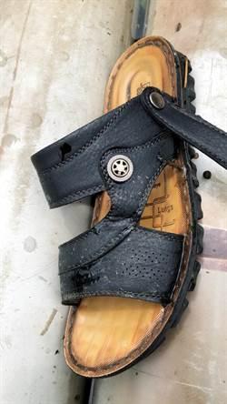 竹南情殺案 找到疑似兇嫌張男拖鞋