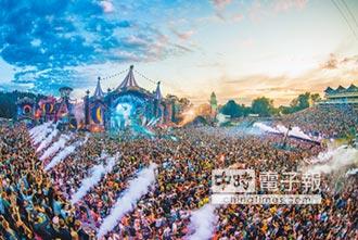 Tomorrowland二度襲台