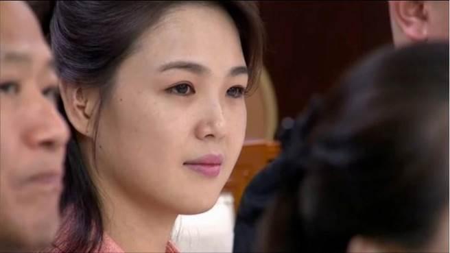 北韓第一夫人李雪主出席晚宴。(圖/路透)