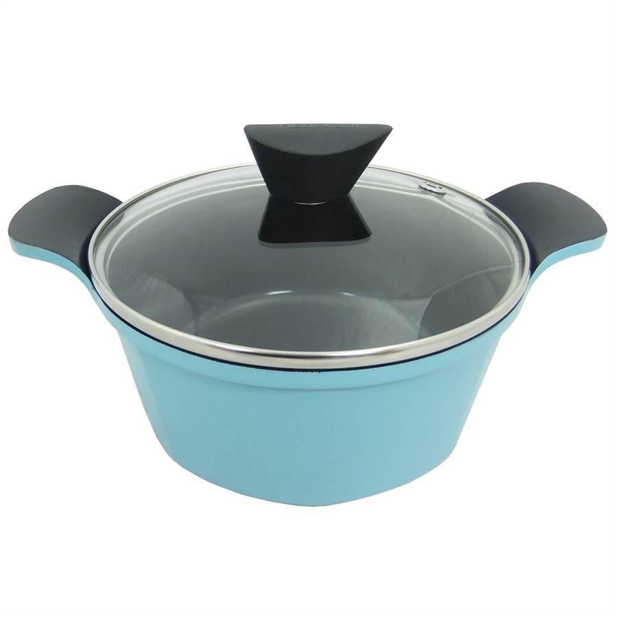 新光三越高雄左營店當日當店扣會員點數10點並消費滿2萬2000元,送「韓國NEOFLAM陶瓷不沾湯鍋」。(新光三越提供)