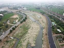 台中筏子溪水防道路嚴重破損 今現場會勘爭取翻修