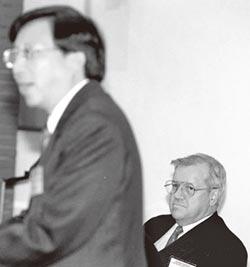 兩岸史話-《台灣關係法》補救斷交缺失