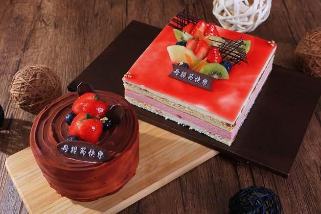台北老爺酒店母親節限量蛋糕〈綻放〉(右),是以杏仁蛋糕為基底, 內餡則有法國覆盆子果泥、北美櫻桃乾。(圖/台北老爺酒店)