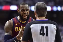 NBA》5天3戰操翻!詹姆斯怒喊賽程不公