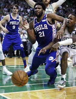 NBA》冤枉!七六人前役讀秒階段兩度嚴重誤判