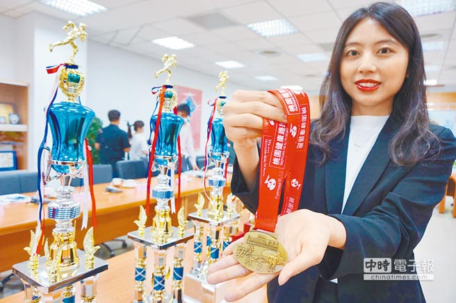 Formosa樂活圈將於27日在桃園舉辦首發路跑活動,獎品相當豐富。(甘嘉雯攝)