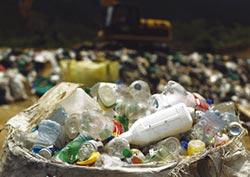 東南亞對抗塑膠污染