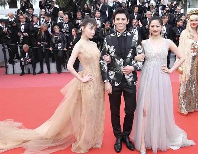 《營救汪星人》主角藍博、唐本、趙宇彤現身《星際大戰外傳:韓索羅》首映會紅毯。(星匯天姬提供)