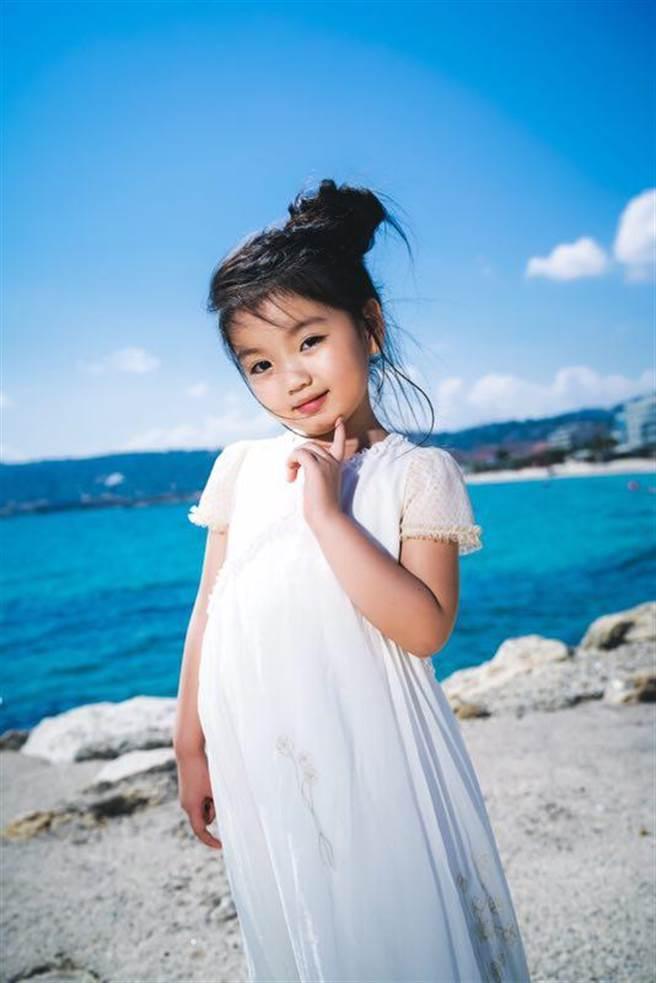 《營救汪星人》參加坎城影展,童星阿拉蕾成為本屆年紀最小的嘉賓。(星匯天姬提供)