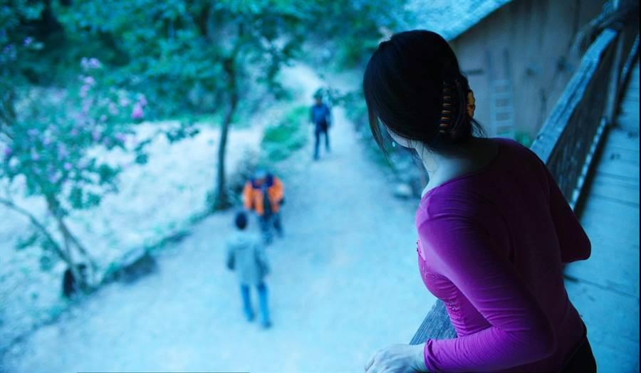 《冥王星時刻》女主角劉丹有一段神秘邂逅。(海鵬提供)