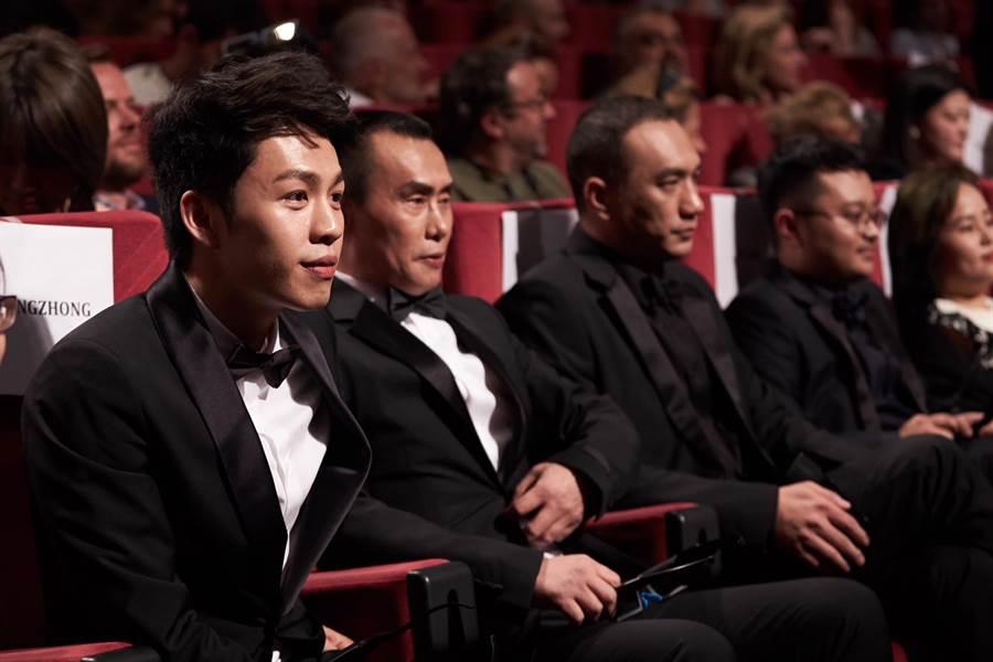 《地球最後的夜晚》在坎城首映,1000多個位子座無虛席。(甲上提供)