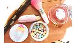 經典彩妝放大絕!不管看了、用了都會大心的限量蜜粉球&甜美香氛讓荷包又淪陷啦~~