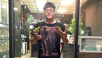 興趣當飯吃!他養爬蟲類養出心得當店長