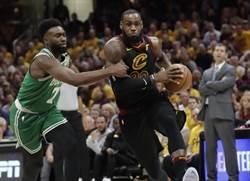 NBA》強勢反撲!騎士狂電綠軍30分摘首勝