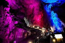 東京近郊輕旅行 「日原鐘乳洞」體驗大自然鬼斧神工