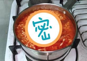 網激推「炸醬麵」加上它 會跑出媽媽的味道!