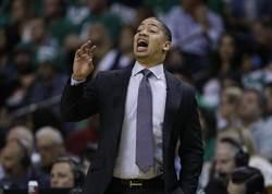 NBA》騎士遭控年齡歧視 泰隆盧語音留言成證詞