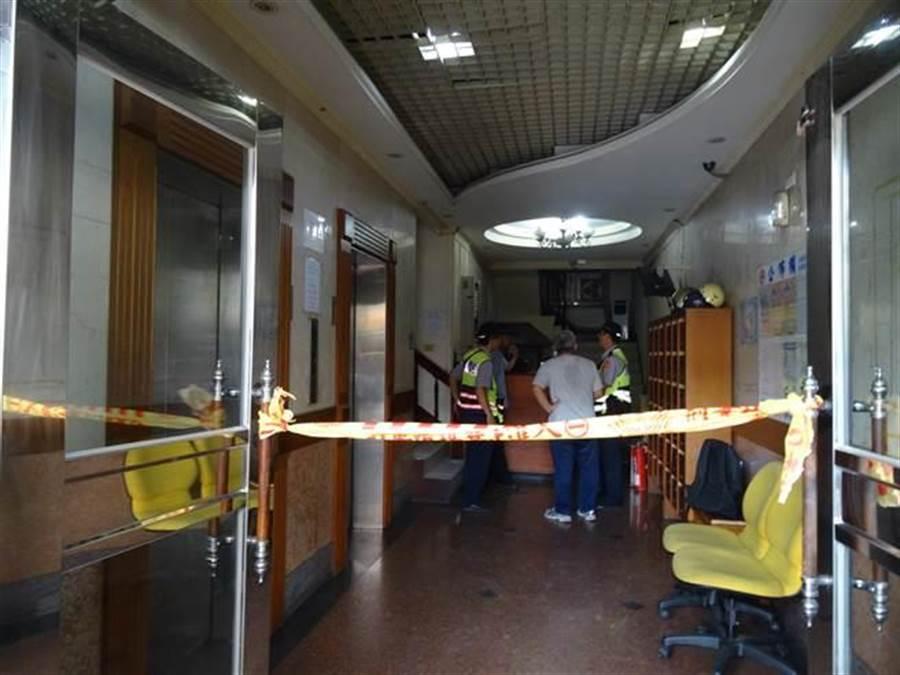 台中市一家牙醫診所,醫生遭助理的哥哥持刀砍死,診所安全人人自危。((馮惠宜攝))