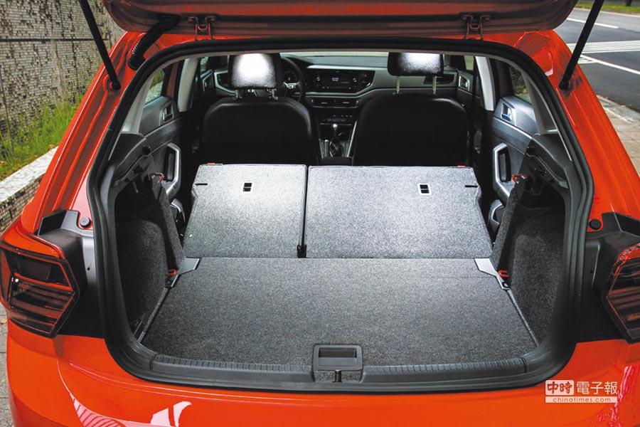 行李廂容積可以利用座椅傾倒功能,來獲得1,125公升的最大容積空間。圖/陳慶琪