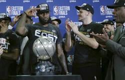 NBA》眾星膜拜詹皇 林書豪:別問詹皇喬丹誰強
