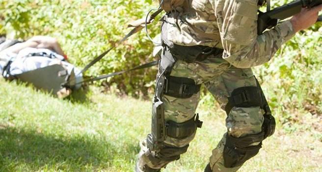 洛馬公司的ONYX機械外骨骼,被美國陸軍評價「技術成熟」,將在12月測試。(圖/洛克希德馬丁)