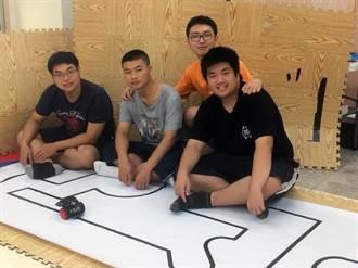 龍華科大參加機器人大賽 奪「自走車摸黑」項目大專組冠軍