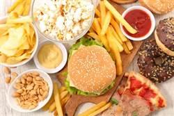 7成大腸癌都因息肉惹禍!這3類食物少碰