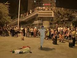 影〉為跳廣場舞搶地盤 女子每晚放哀樂:都別跳了