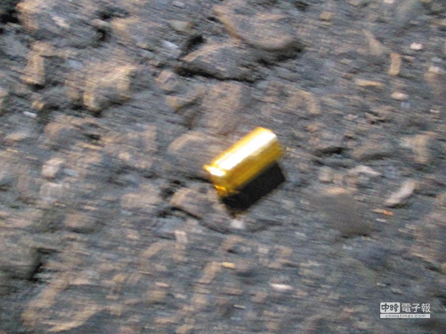 現場遺留的彈殼。(潮州警分局提供)