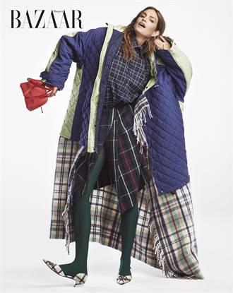 傳奇超模辛蒂克勞馥登封 與16歲超模女隔空穿出母女裝