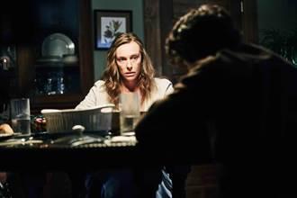 東妮克莉蒂「自殺式演出」 為演中邪母親走火入魔