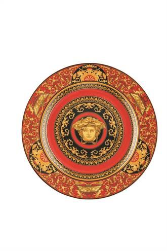 中外藝品展開打   經典凡賽斯瓷器有看頭