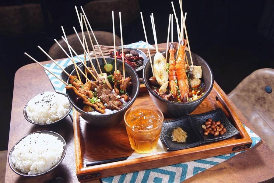 下酒菜競賽4強店家(「頂真鮮餐飲(支支紅)- 海陸饗宴」)。(柯宗緯翻攝)