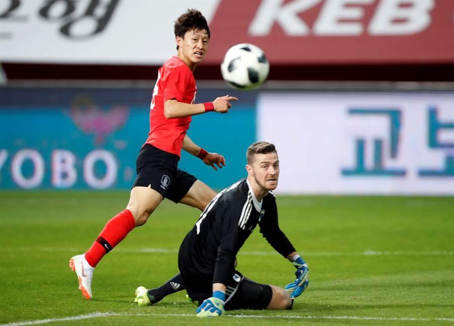 效力於全北現代的李在城可能是目前亞洲最全能的中場球員。(美聯社資料照)