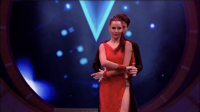 瑪格莉特在節目上表演國標舞。