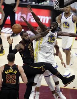 NBA》巴克利:詹姆斯差喬丹太遠了