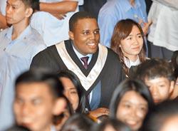 我愛台灣 史國王子續攻碩士