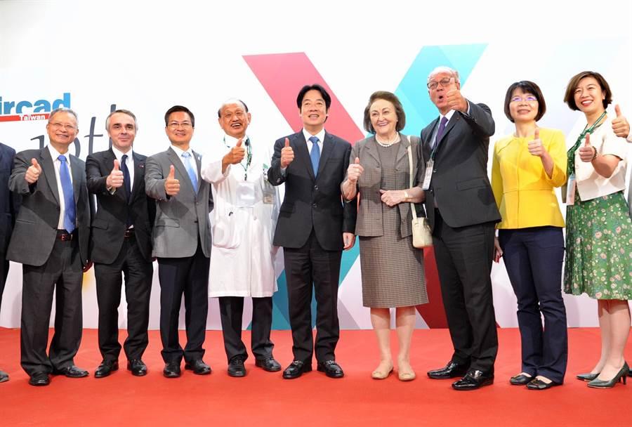 行政院長賴清德10日出席「秀傳亞洲微創手術訓練中心10週年論壇」。(行政院提供)