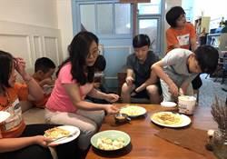 沐風徵召「天使家庭」 與單親兒童共餐