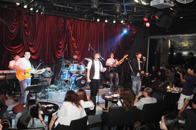 藝人康康曾在Brown Sugar演唱。(本報系資料照片)