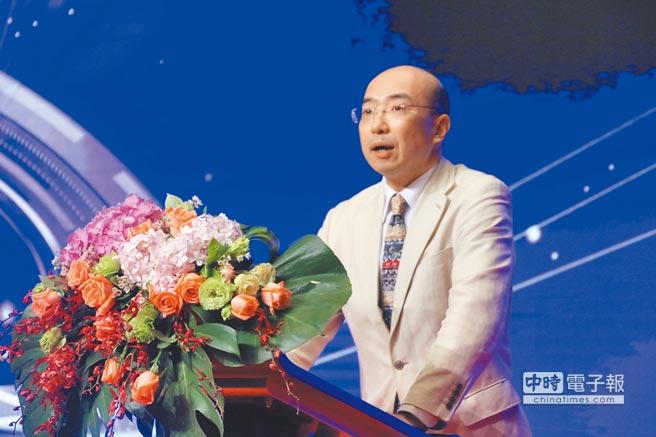 全國台聯副會長紀斌開幕致詞,提倡兩岸青年善用新媒體打造交流平台。(主辦單位提供)