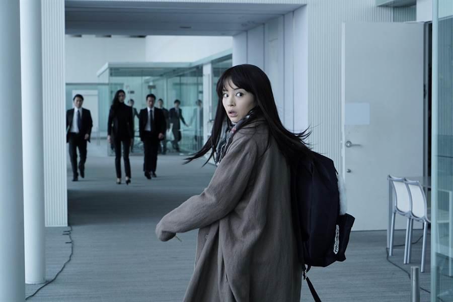 《拉普拉斯的魔女》 廣瀨鈴飾演神秘少女羽原圓華