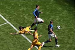 世足史上第一次 VAR重播改判12碼