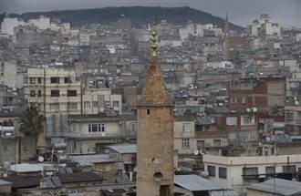 土耳其民兵要庫德婦女戴黑紗 遭到強烈抗議