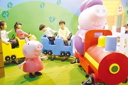 好拍、好玩、超可愛! 佩佩豬超級互動展 就在士林科教館