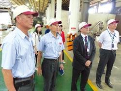 吳明機參訪 國家磐石獎獲獎企業皇廣公司 讚譽有加