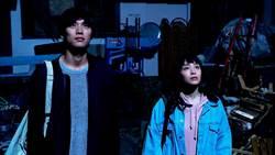 可愛教主廣瀨鈴變身追懸案 《拉普拉斯的魔女》與國民男友冒粉紅泡泡