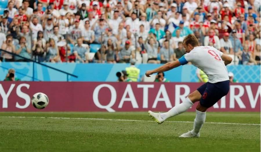 英格蘭前鋒肯恩對巴拿馬單場攻進3球。(路透)